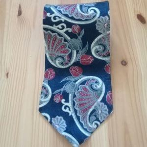 Oscar de la Renta 100% silk blue paisley tie